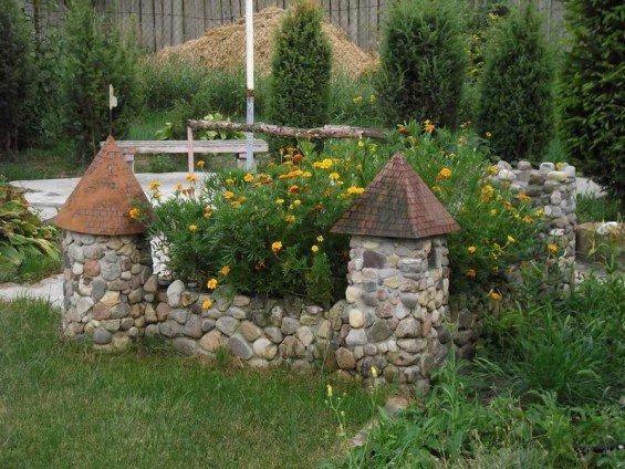 Клумба из камней своими руками – фото идеи цветников для дачи