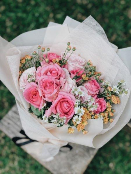Популярные и лучшие цветы для составления букетов — названия, сочетания и фото