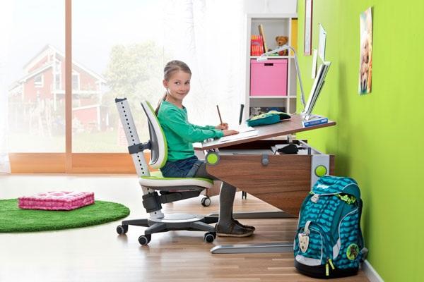 Как правильно выбрать ортопедический стул для школьника