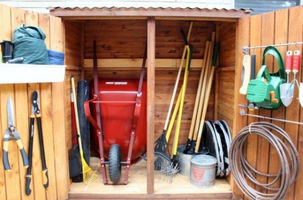 Подготовка садового инструмента к зимнему хранению